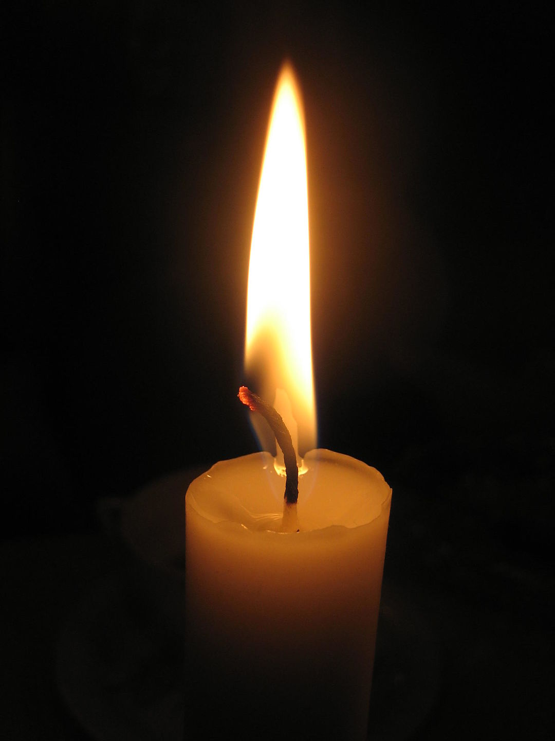 https://dc699.4shared.com/img/7KCzA1-7ei/s24/15f30270b10/Candle_in_the_darkness_by_Luss?async&rand=0.20210579261544148